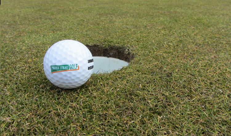 Golfbaan Price d'eau